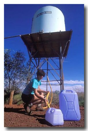 (DZ-213) Collecting water in outback