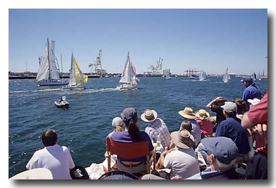 (ET-811) Yachting
