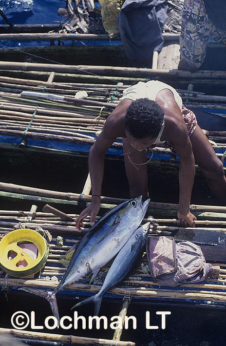 Milne Bay Province – Trobriand Island fisherman